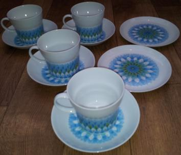Noritake Retro Style Tea Set