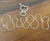 Pretty Interlocked Hearts Necklace With Chain