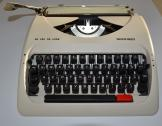 Silver Reed SR280 Deluxe Typewriter