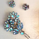Vintage sparkly thistle broach earring set
